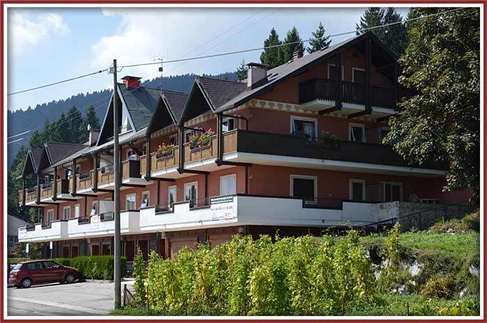Immobiliare roana case e appartamenti occasioni in for Immobiliare roana