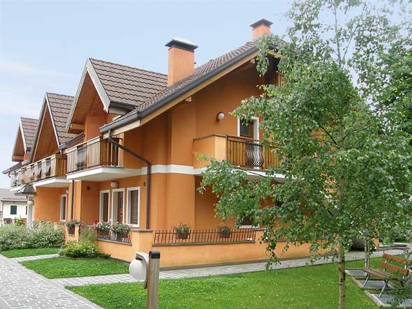 Immobiliare roana borgo alle telve appartamenti for Vendita rustici asiago